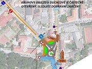 První auta projela budovaným kruhovým objezdem v Duchcově.