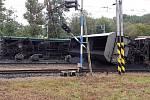 U Úpořin na Teplicku vykolejil nákladní vlak.
