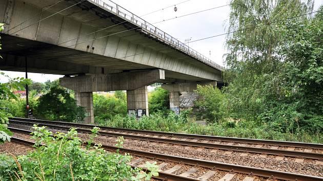 Tento most v Teplicích na E55 budou opravovat.