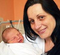 Mamince Štěpánce Podlipné z Teplic se 16. listopadu ve 4.47 hod. v teplické porodnici narodil syn Matěj Plevka. Měřil 52 cm a vážil 3,7 kg.