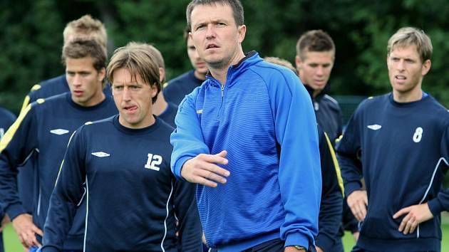 Teplický trenér Jiří Plíšek je terčem kritiky, vedení i hráči však za ním stojí.