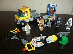 Ústav v Kostomlatech dostal od státu zabavené stavebnice LEGO.