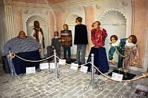 Výstava voskových figurín v teplickém muzeu.