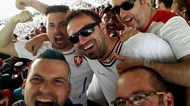 Lukáš Nosovský a Erik Antal s kamarády na Euro 2016