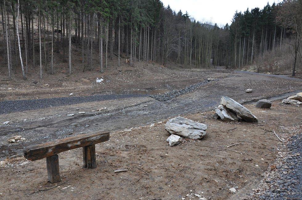 Takto to vypadalo v Bořislavi, když nádrže vznikaly.