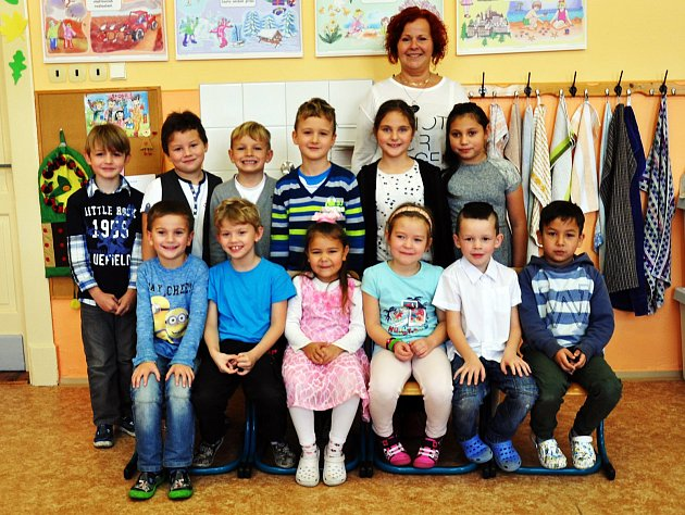 Na fotografii jsou žáci ze ZŠ Sochorova Duchcov, 1.Atřída paní učitelky Mileny Hampejsové.