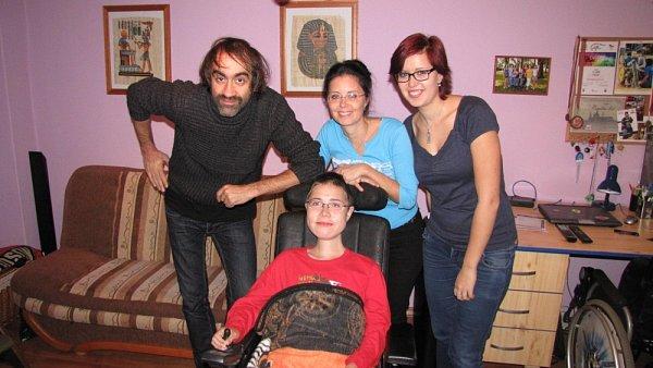Postižený 15letý Jozef Suchý zHrobu. Přispět na svalovou dystrofii můžete iVy!