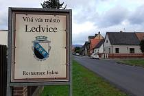 Město Ledvice.