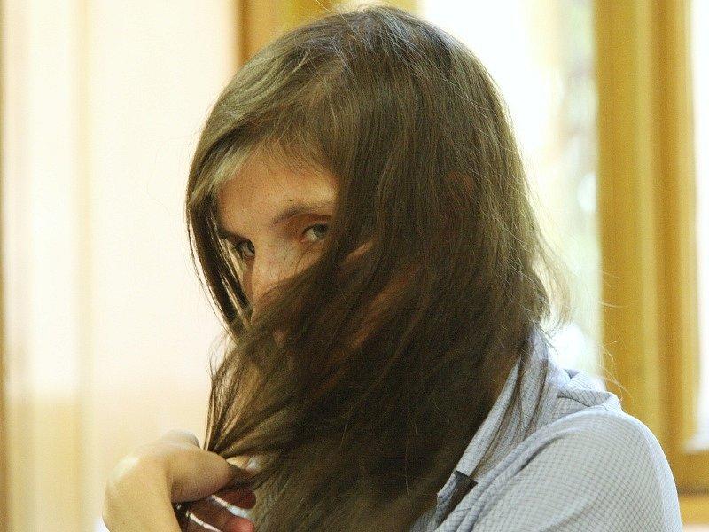 Soud s Dunkovými - jsou podezřelí z týrání svých dětí.