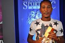 Nejúspěšnější sportovec roku 2013: Konžský fotbalista Franci Litsingi, hvězda žlutomodrých, si odnesl nejprestižnější cenu ankety, bral i titul Sportovní hvězda Deníku