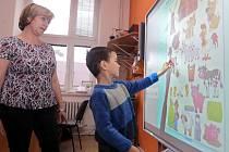 Zápis do školy, ilustrační foto.