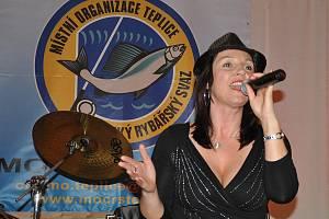 Z rybářského plesu konaného v Sokolovně v Proboštově.
