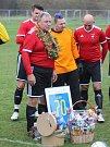 Rtyně porazila Trnovany 5:0, na 15 minut nastoupil i 70letý předseda Josef Hliba.