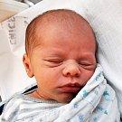 MIKULÁŠ KOLAŘÍK se narodil Vladimíře Keřkové z Lysce 21. ledna ve 4.06 hod. v teplické porodnici. Měřil 48 cm a vážil 3,10 kg.