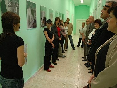 Začala výstava fotografií na téma bulimie a anorexie