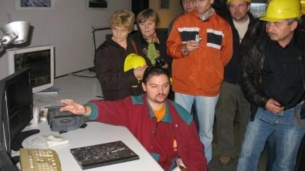 Učitelé z celé republiky navštívili doly v Bílině