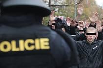 Policie a střet s fanoušky, ilustrační foto.