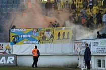 Nedovolená pyrotechnika při utkání Teplice - Jihlava