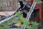 Zámeček Dvojhradí ve Mstišově po požáru.