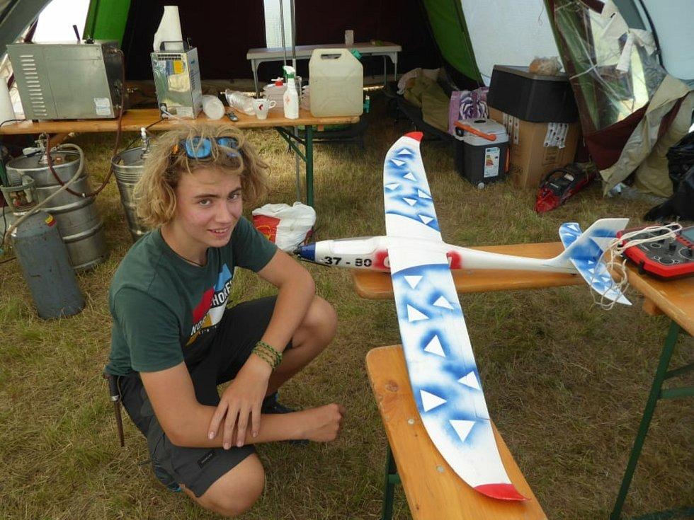 Raketomodelářský klub Krupka uspořádal prázdninové soustředění.