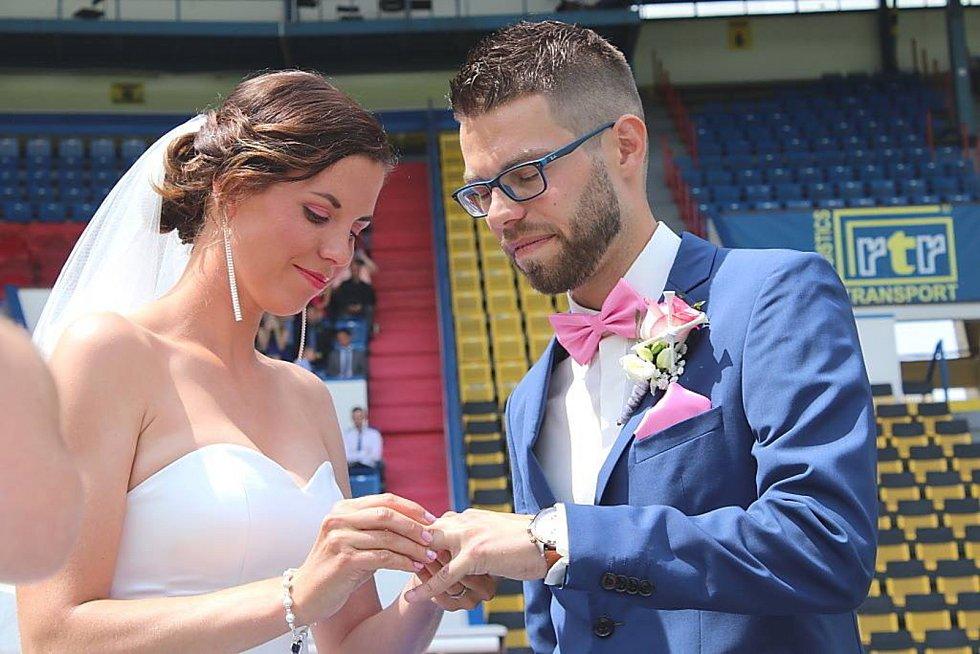 Martin Kovařík z Teplic, vášnivý hráč golfu a také milovník fotbalu  Se svou ženou Markétou.