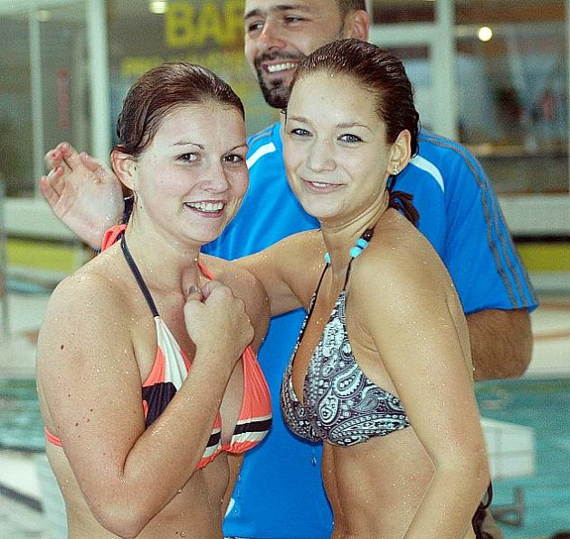 Štafeta plavání