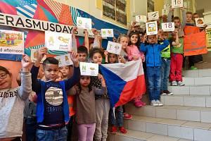 Erasmus v Duhové škole je název aktivity, kterou jsme se připojili dne 10. října ke kampani Erasmus Days.