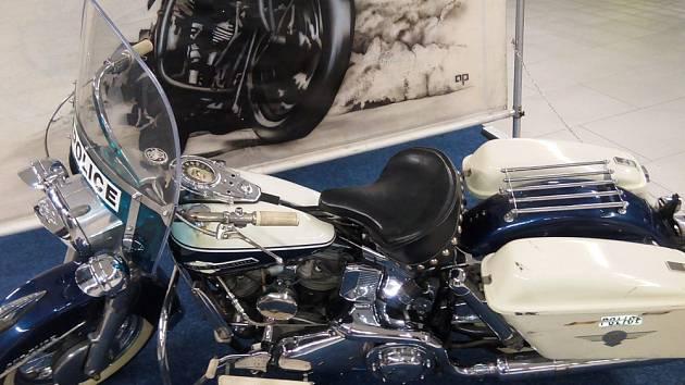 Výstavu motorek Harley Davidson  v Galerii Teplice zpestří o víkendu doprovodný program