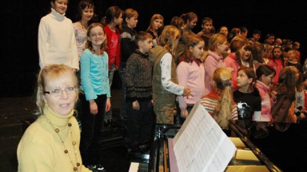 Děti zpívaly