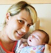 Mamince Kateřině Kopencové z Duchcova se 8. dubna ve 21.54 hod. v teplické porodnici narodil syn Lukáš Kopenc. Měřil 51 cm a vážil 4,45 kg.