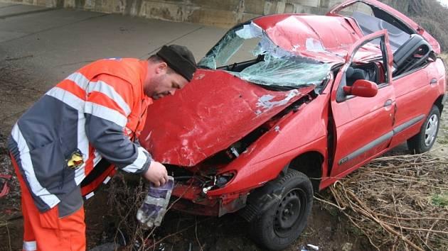 Dopravní nehoda se stala v pondělí ráno u Bystřan na dálnici