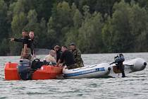 V pátrání po utonulých potápěčích na Barboře pokračují specialisté z Brna.