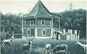 Zámeček Dvojhradí na historických fotografiích.