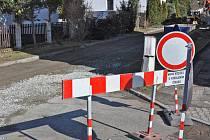 Rekonstrukce kanalizace v Bystřanech omezila provoz