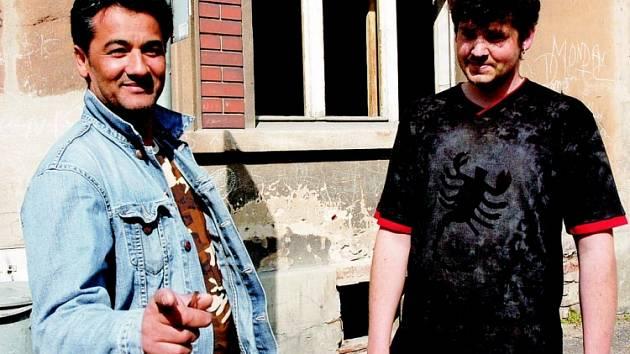 Romové z jižní části Duchcova.