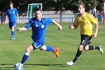 TJ Proboštov (v modrých dresech) - Střekov 0:2 (0:1)