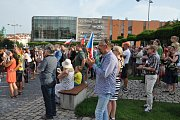 Na náměstí Svobody v Teplicích demonstrovali proti Babišovi.