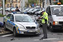 Policejní auto bouralo v Teplicích.