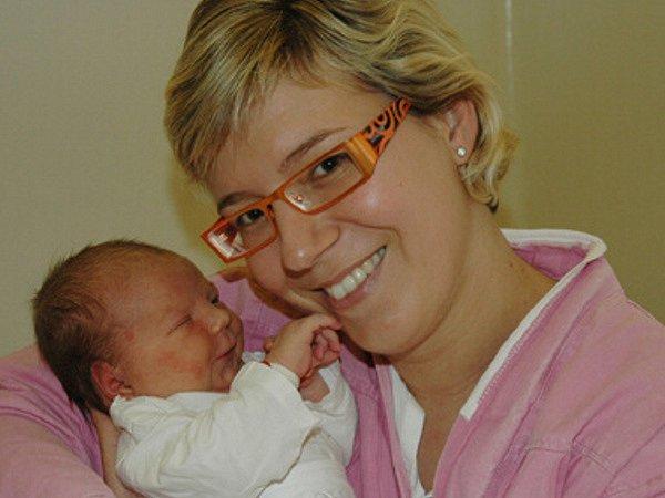 Michala Vondroušová se synem Jirkou