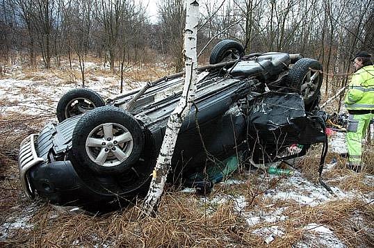 Dopravní nehoda, silnice Duchcov - Lom, okres Teplice, čtvrtek 19. ledna 2012
