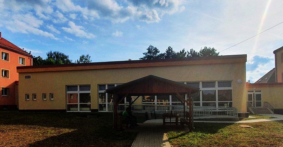 Nový prostor pečovatelské služby v Bílině slouží terénním pracovníkům, brzy zde bude i poradna.
