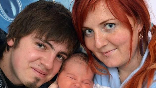 Mamince Alici Selleové z Duchcova se 1. prosince ve 14.22 hod. v teplické porodnici narodila dcera Laura Balejová. Měřila 49 cm a vážila 3,8 kg.