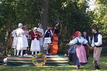 V Červeném Újezdu si užívali staročeské dožínky a posvícení.