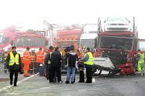 Hromadná nehoda - ilustrační foto