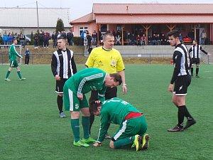Derby mezi Baníkem Modlany a TJ Krupka.
