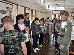 K 100 let založení Československa byl v Oseku na nádraží přistaven Legiovlak, pojízdné muzeum na kolejích Československé obce legionářské.