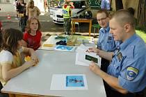 Tepličtí strážníci u dětí v DDM Teplice