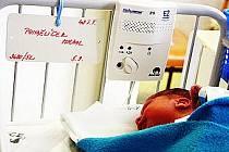 V babyboxu teplické nemocnice našli zdravotníci odložené novorozeně, dali mu jméno Michal Pondělíček