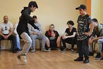 Na 40 mladých tanečníků se utkalo v C-walku