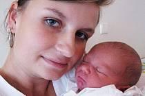 Mamince Ivaně Feketové z Bíliny se 7. srpna v 5.10 hod. v teplické porodnici narodil syn Robert Tabáň. Měřil 50 cm a vážil 3,50 kg.